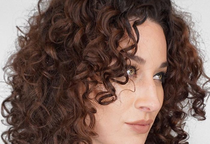 How to Prevent Dry Brittle Curls: The LOC Method
