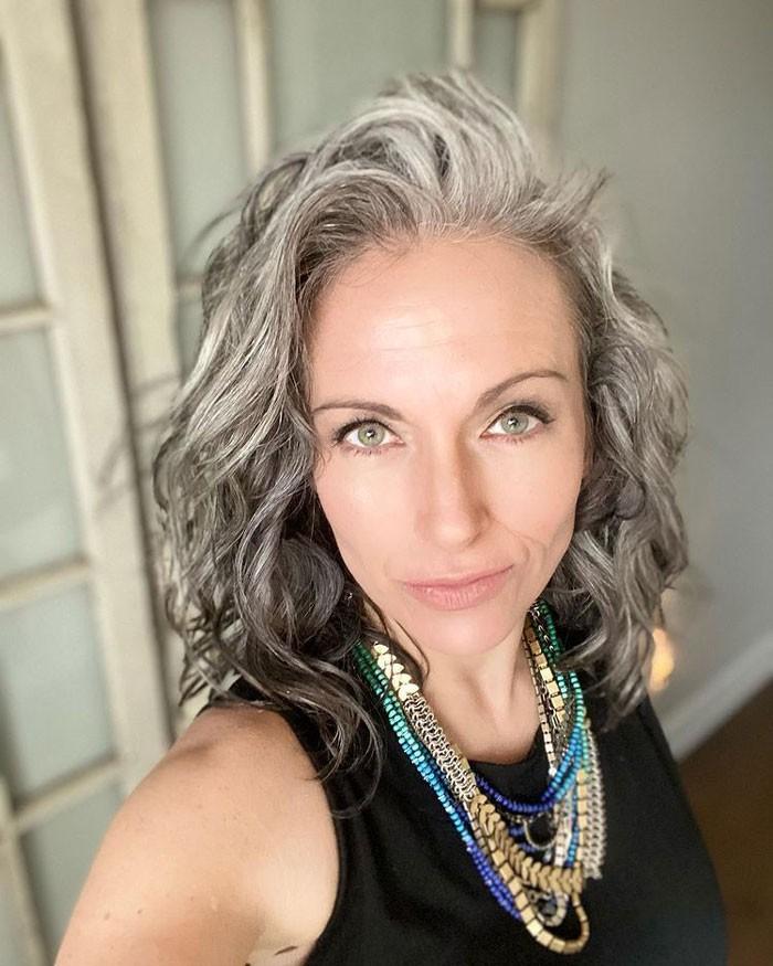 debbie-grey-hair