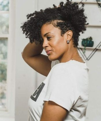 6 Tips on How To Grow Out Your Tapered Curly Haircut