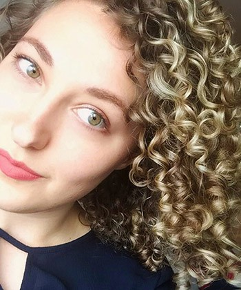 Texture Tales: Sabine on How the Curly Girl Method Improved her Curls