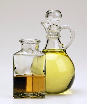 How I Use Oil in my Type 4 Natural Hair Care Regimen