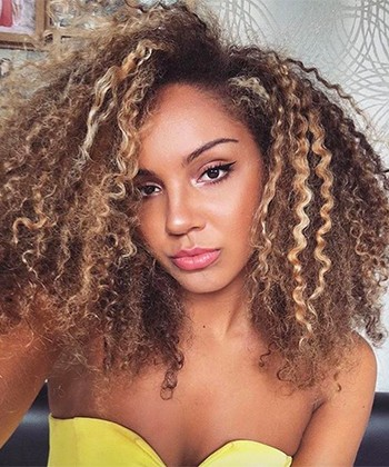 Texture Tales: Penny on Growing up as a Bi-Racial Curly Girl in The Uk