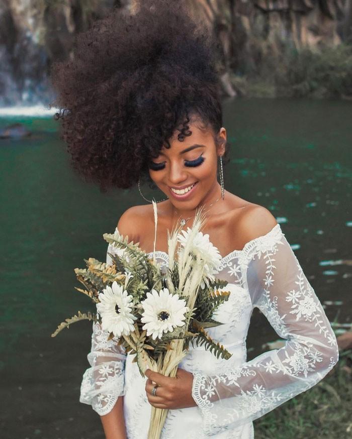 curly-bride-hair