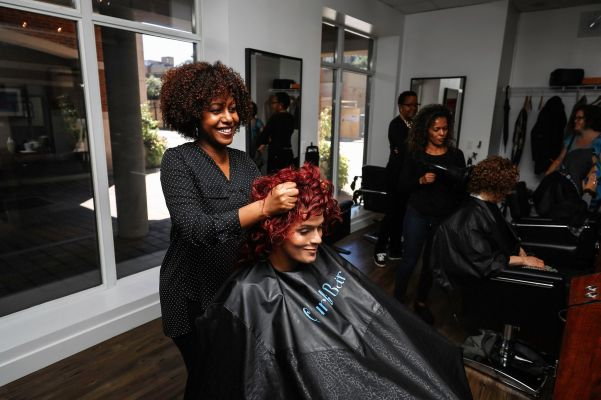 Curly Hair Salons | NaturallyCurly.com