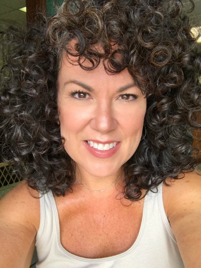 Silver Transition 3a Out Wash and Go Natural curls  dye-free  air dry  curly hair  curly girl  curly girl method  curly silver