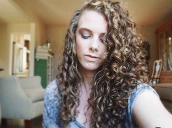 Love when my curls are so defined <3 2c 3a Out Long Curly Hair #curlyhairjourney #curlylove #curls #curlyhairmehtod