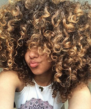 9 Tricks to Your Best Curls This Spring