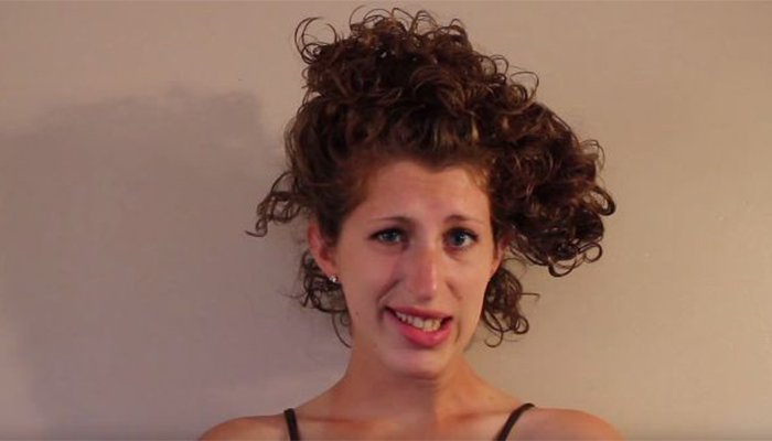 How To Pineapple Short Wavy Curly Hair Naturallycurly Com