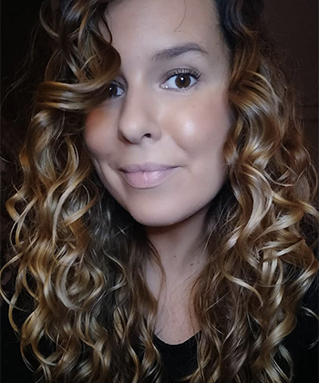 How to Prevent Frizz for Type 2 Wavy Hair