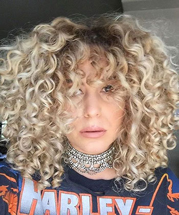 How Caitlin Gets Her Curls to Look So Fluffy AND Defined