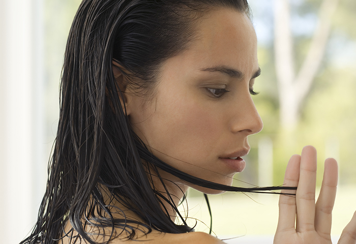 How to Avoid Mildew in Your Hair (and How to Remove It