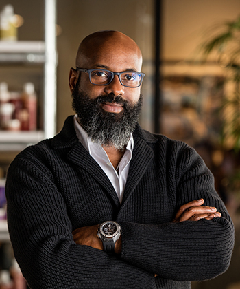 SheaMoisture's Co-Founder, Richelieu Dennis, Buys Essence Magazine