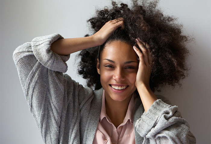 This is Why You're Experiencing a Dry Scalp Near Your Hairline