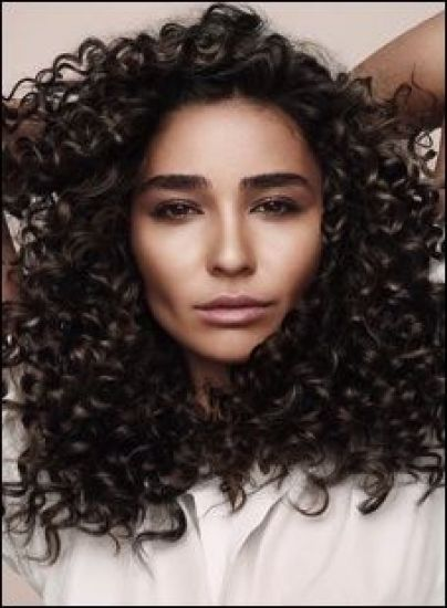 Luscious Curls with Macadamia Professional