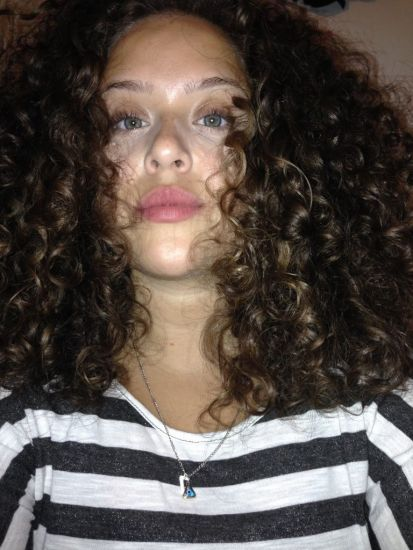Coconut curls  3b Out & Loose