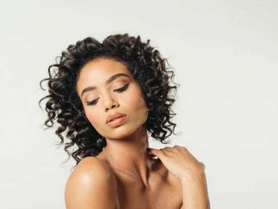 Valyn Enhanced Bombshell Curls with Peter Coppola