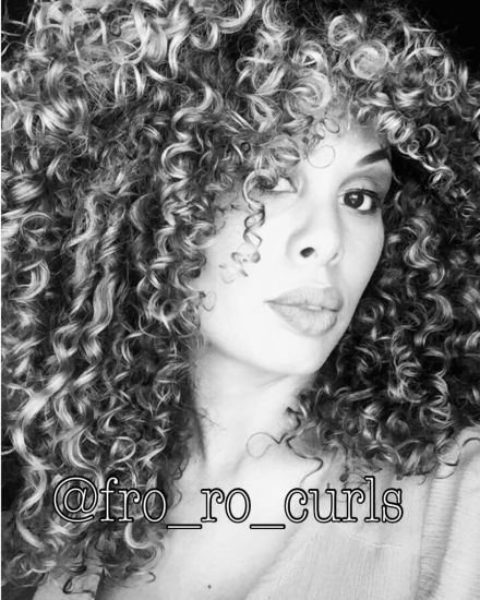 @fro_ro_curls 3b Out & Loose Wash and Go fro_ro_curls Curl Love naturally curly hair Curl Power Curl Confidence 3B Hair Big Hair Curls With Volume devacurl 3C Hair Wash and Go