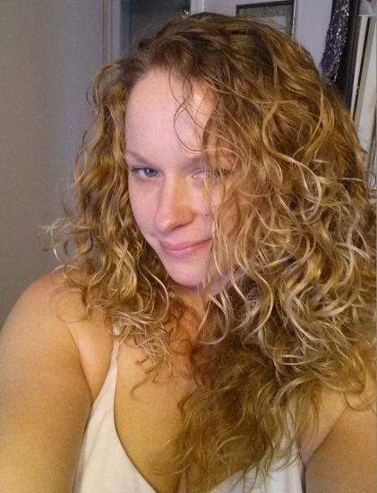 Brandi B 2c 3a Out & Loose Wash and Go