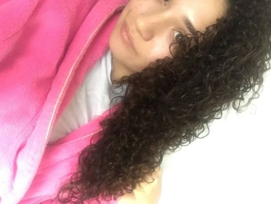 Wash and go  3b Out & Loose Long Curly Hair