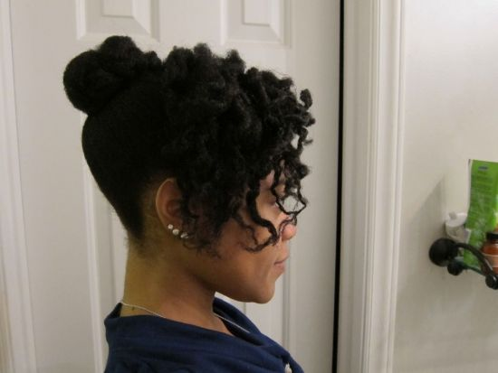 Bun with side curl 4b 4c Updo